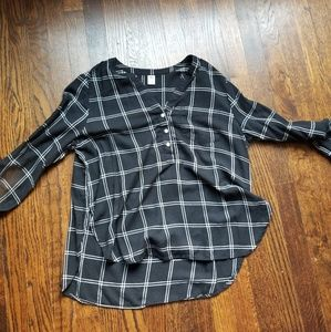 Flowy black and white plaid blouse